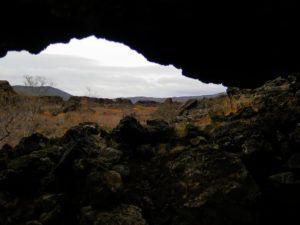 Iglesia de Dimmuburgir, en Ruta por Islandia