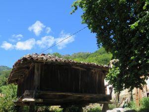 Hórreos asturianos