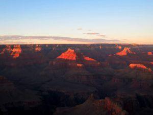 Atardece en el Gran Cañon del Colorado, EEUU