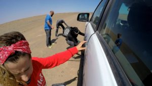 Nómadas con problemas en la Skeleton Coast, Namibia