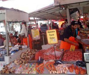 Mercado de pesacado de Bergen, Noruega