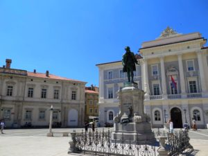 Estatua de Giuseppe Tartini, Piran