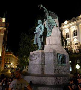 Estauta de Preseren, Plaza Preseren, Liubliana, Eslovenia
