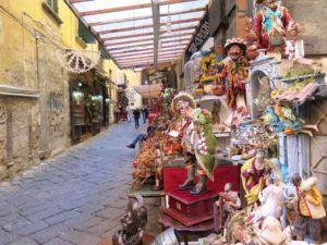 Via San Gregorio Armeno, la calle de los belenes