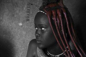 Joven mujer Himba