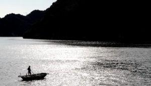 Aldeas flotantes de pescadores, bahía de Halong