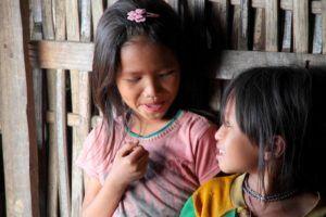 Etnia Akha, Laos