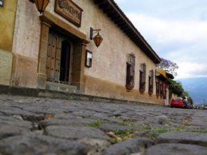 Adoquinadas calles de Antigua Guatemala