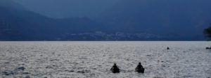 Pescadores en el Lago Atitlan, Guatemala