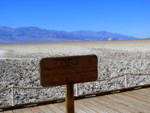Badwater Basin, el sitio mas bajo, seco y salado de EEUU, Death Valley