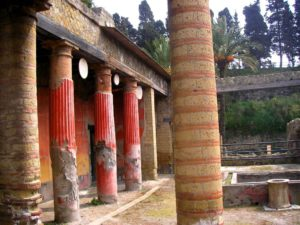 Villa de los Papiros, Herculano