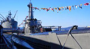 Submarino USS Pampanito y de fondo el SS Jeremiah O´Brian