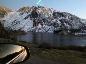 Carreteras de montaña hacia Yosemite