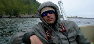 Joven Nómada camino de Runde, la Isla de los Pájaros de Noruega