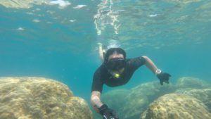Nómada haciendo snorquel en Pulau Perhentian