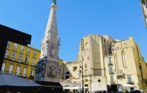 Piazza San Domenico, Nápoles