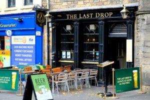 """Pub """"el último trago"""", Edimburgo"""