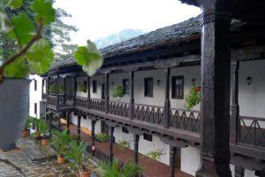 Pasillos donde se disponen las celdas de los monjes