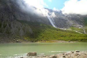 Qué ver en el Glaciar Briksdal, Noruega
