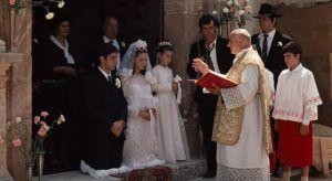 """Fotograma de """"El Padrino"""" grabado en la Chiesa de San Nicolo, Savoca"""