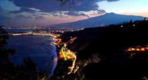 Vistas del Volcan Etna, Sicilia, Italia
