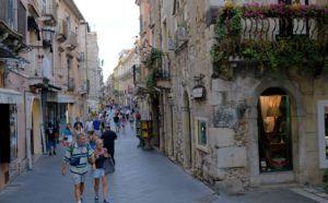 Corso Umberto, Taormina, Sicilia