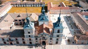 """La Iglesia de Nuevo Baztán, el barroco """"castizo"""" de Churriguera"""