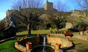 Castillo de Marvao y jardines de Iglesia de Santa María