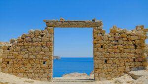 Firopotamos, la bahía más bonita de Milos (Grecia)