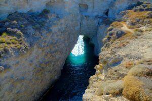 Papafragas Beach, qué ver en Milos (Grecia). Las mejores playas