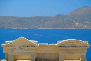 Qué ver en Mandrakia, el teatro romano (Grecia). Los pueblos más bonitos